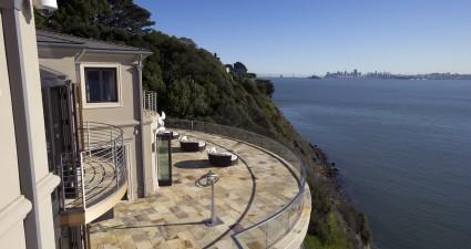 San Franciscoís Mansion Discounts Luring Technology Millionaires